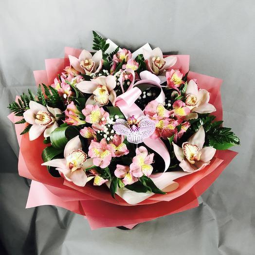 Порхание бабочек: букеты цветов на заказ Flowwow
