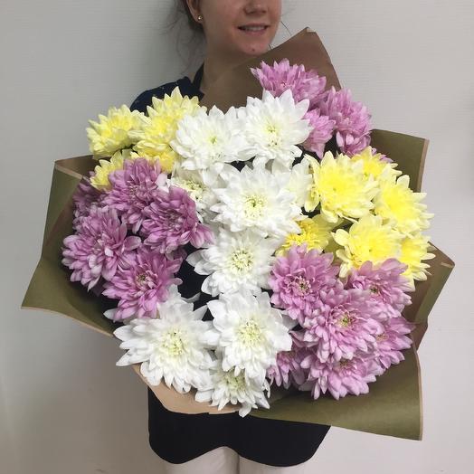 7 хризантем в крафте: букеты цветов на заказ Flowwow
