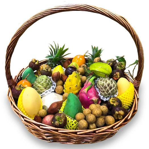 Корзина экзотических фруктов  «Пхукет»