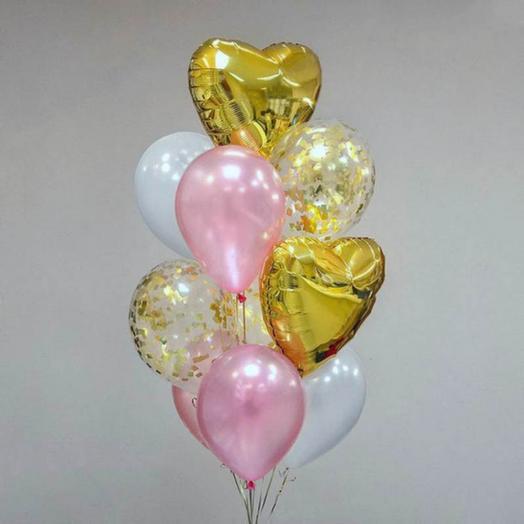 Шары с золотым конфетти и золотыми сердцами