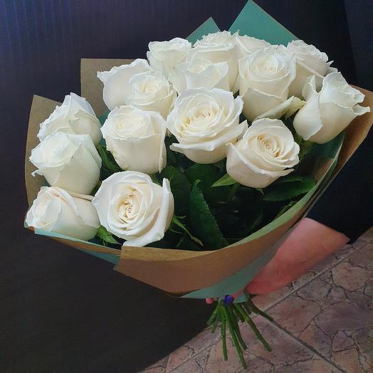 Монобукет белых роз