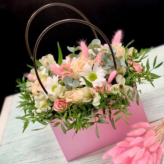 Дамская сумочка с цветами