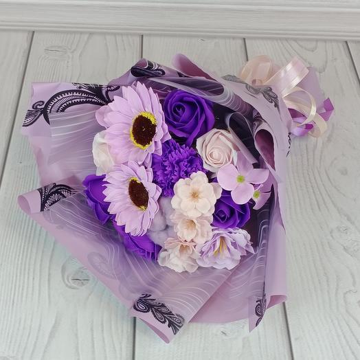 Фиолетовый букет из мыльных подсолнухов