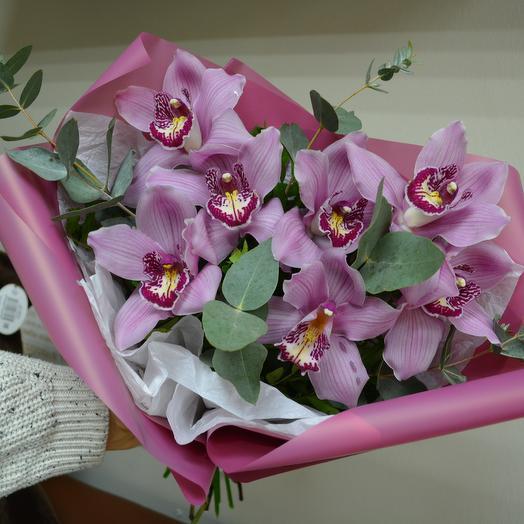 Орхидея с эвкалиптом