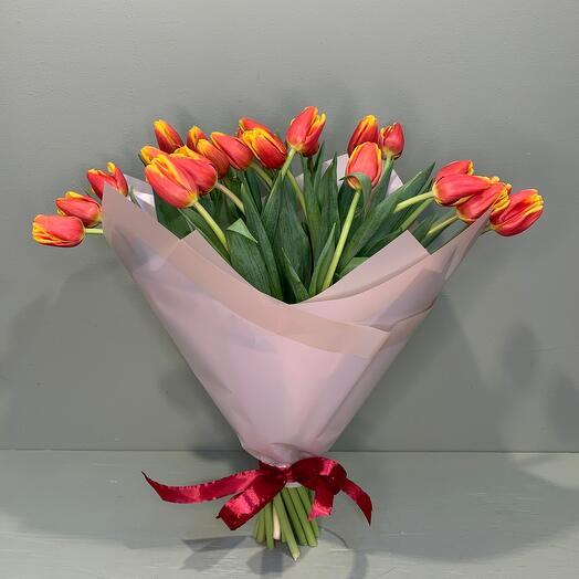 Яркий тюльпан 25 шт
