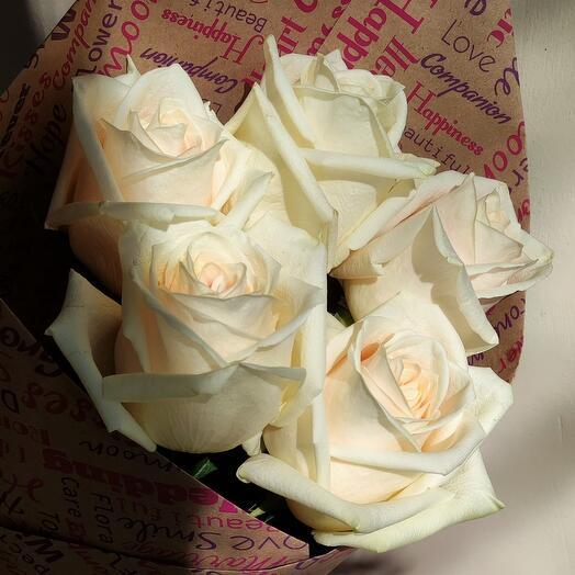 Роза в крафте 5шт