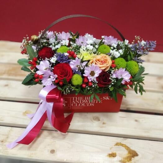 Цветы в коробке Праздничное настроение