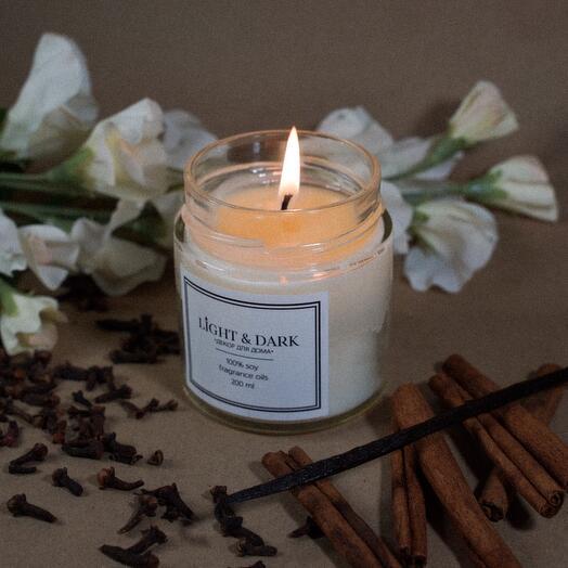 Ароматическая соевая свеча «Amorous | ваниль, корица, сливочный крем» с хлопковым фитилем + длинные спички, 200мл