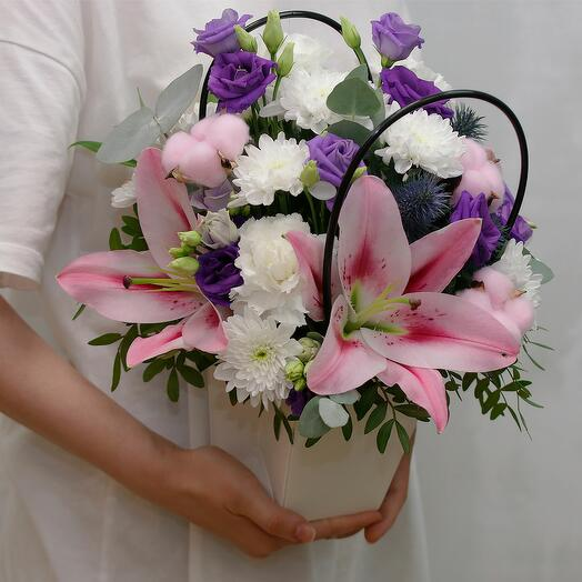 Цветы в кашпо Колокольчик