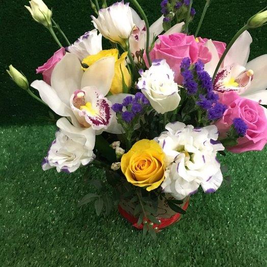 Горшочек с цветами: букеты цветов на заказ Flowwow