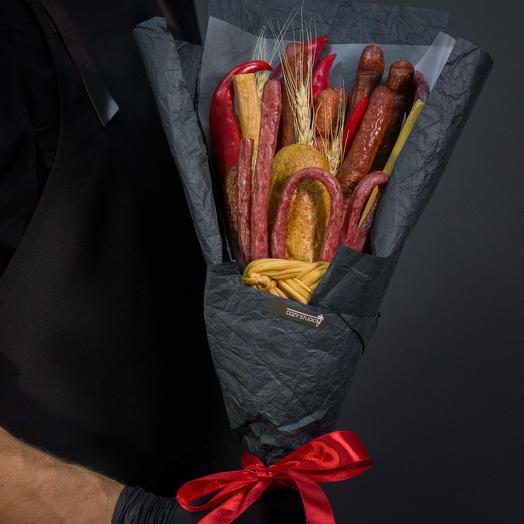 Мужской букет из колбасы 15: букеты цветов на заказ Flowwow