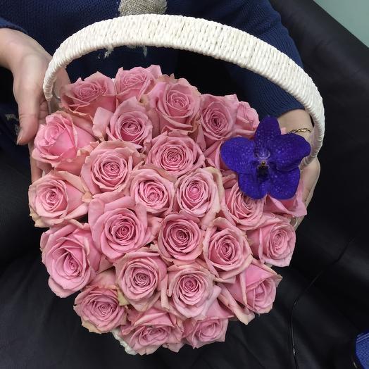 Сердце из розовых роз: букеты цветов на заказ Flowwow