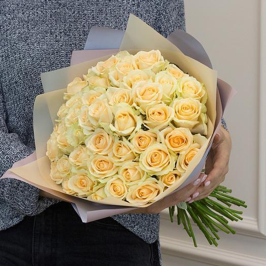 """Букет из """"51 кремовых роз"""": букеты цветов на заказ Flowwow"""