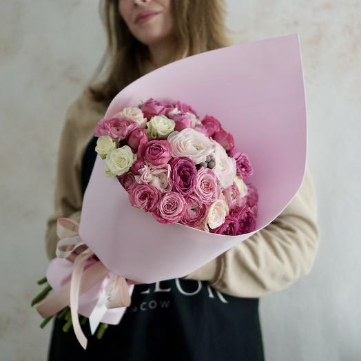 Букет с пионовидными розами и ранункулюсами: букеты цветов на заказ Flowwow
