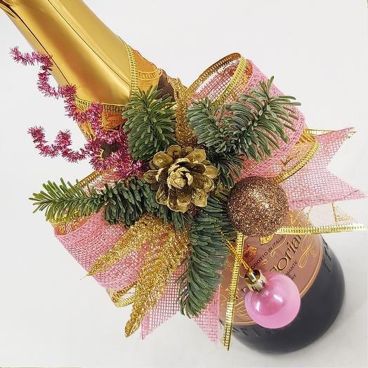 Украшение на бутылку новогоднее розово-золотое
