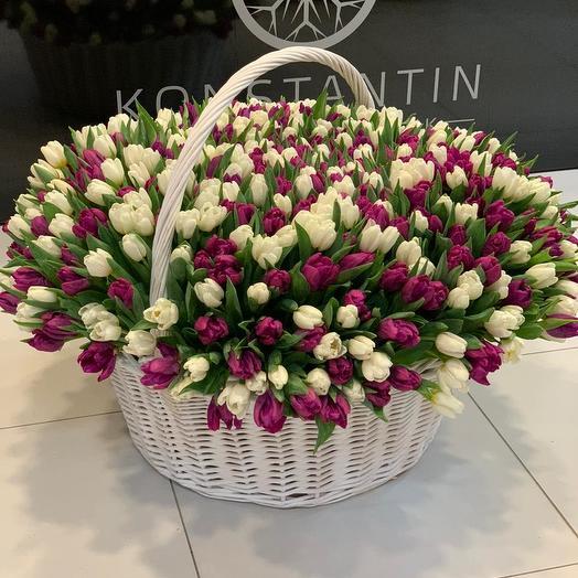 501 тюльпан в корзине: букеты цветов на заказ Flowwow