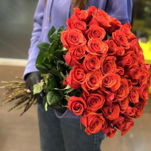51 красная роза 60 см в букете