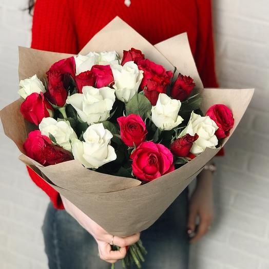 Красно-белый Мини: букеты цветов на заказ Flowwow