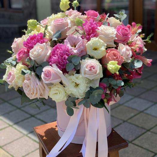 Большой розовый бокс: букеты цветов на заказ Flowwow