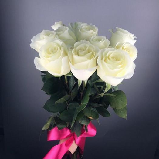 Букет из белых голландских роз