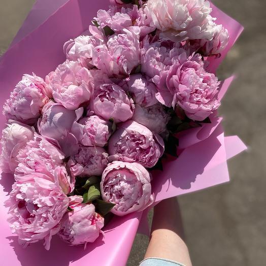 Монобукет из 25 пионов Сара Бернар: букеты цветов на заказ Flowwow