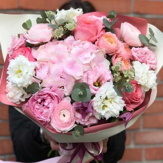 Букет цветов люблю