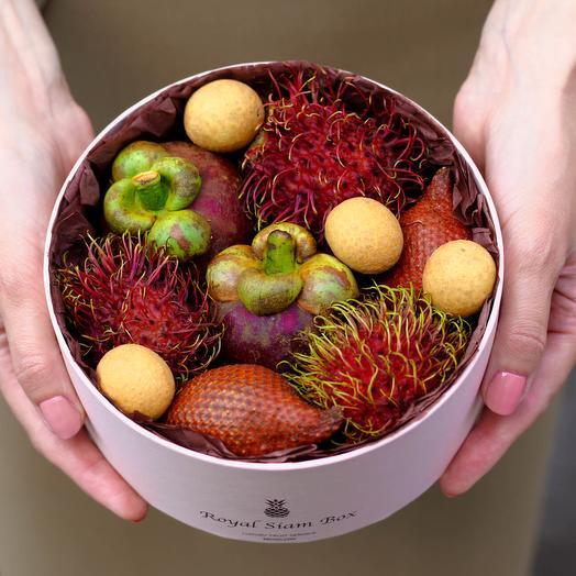 Шляпная коробка с фруктами Royal Tiny