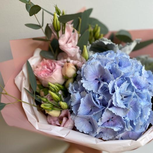 "Букет ""LOVE"" с гортензией BLUE"