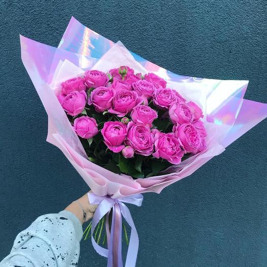 Букет с пионовидные розой