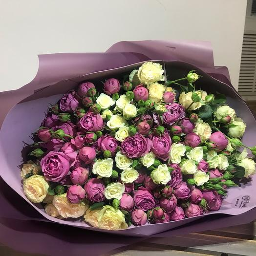 25 веток кустовых роз