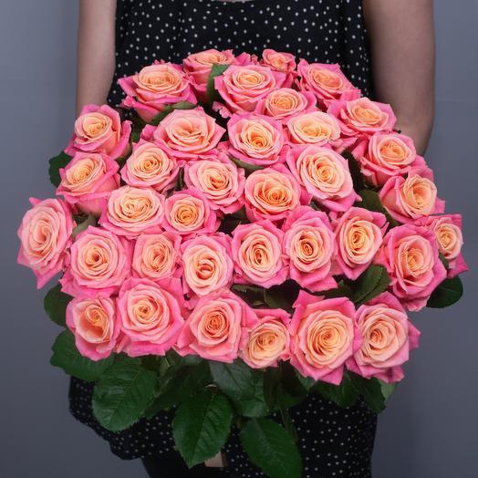 """Букет из 35 роз """"Miss Piggy"""""""