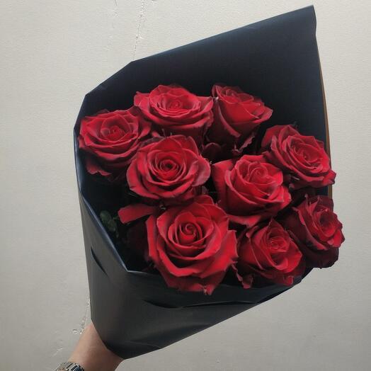 Шикарная эквадорская Роза (9шт)