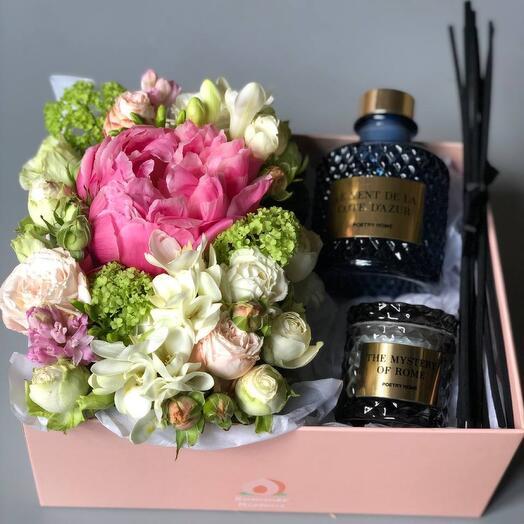 Цветы в коробке (подарочный набор 3)