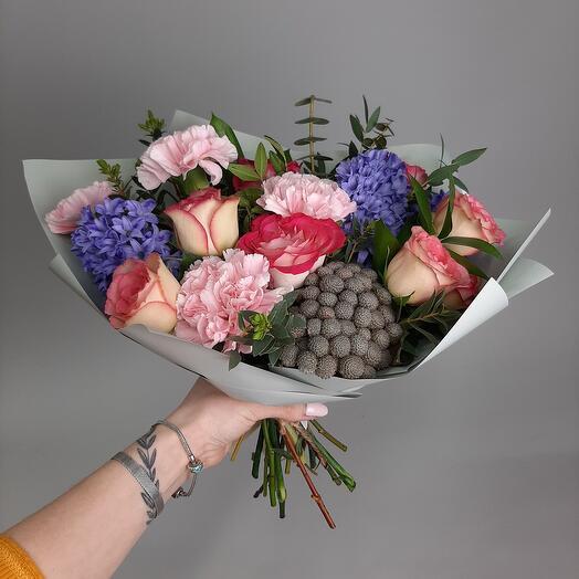 💐 Букет дня с гиацинтами, розами и гвоздиками