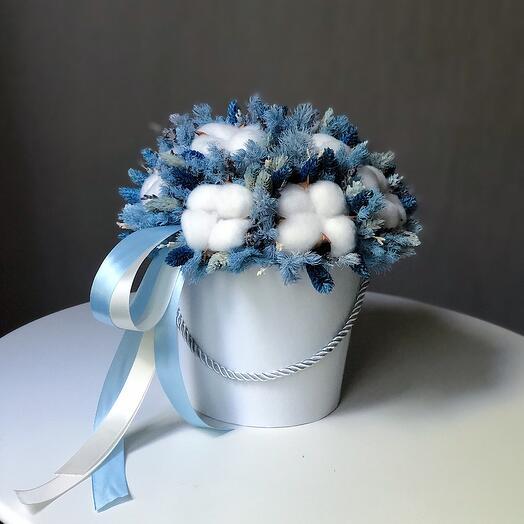 Цветы в коробке Blue