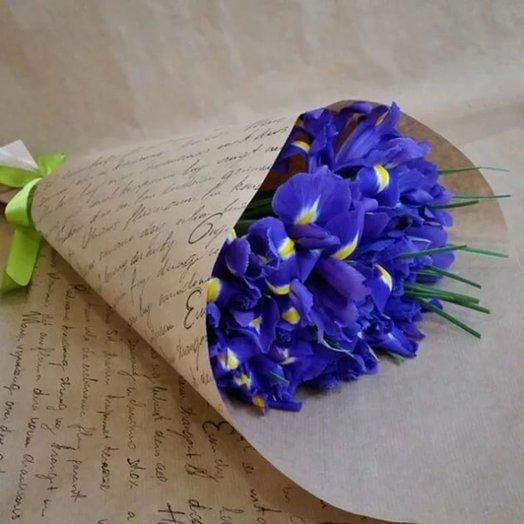 15 ирисов: букеты цветов на заказ Flowwow