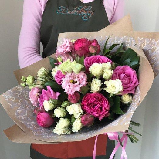 Букет с пионовидными розами и махровой эустомой: букеты цветов на заказ Flowwow