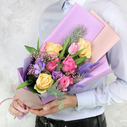 Букет из роз гвоздик и тюльпанов: букеты цветов на заказ Flowwow