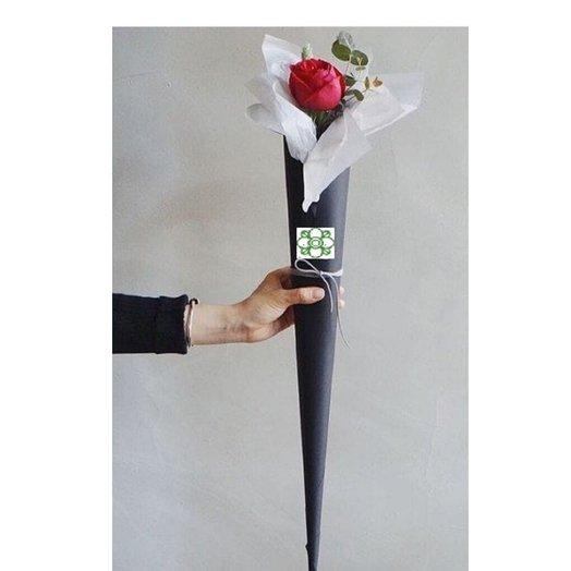 Роза Эквадор 70 см от Floristic World. в оригинальном оформлении: букеты цветов на заказ Flowwow