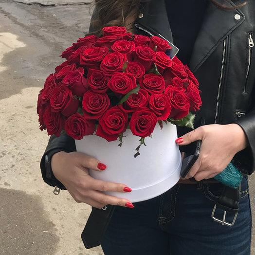Коробка с розами 51: букеты цветов на заказ Flowwow