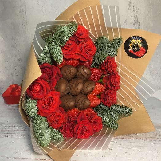 Клубнично-новогоднее чудо: букеты цветов на заказ Flowwow