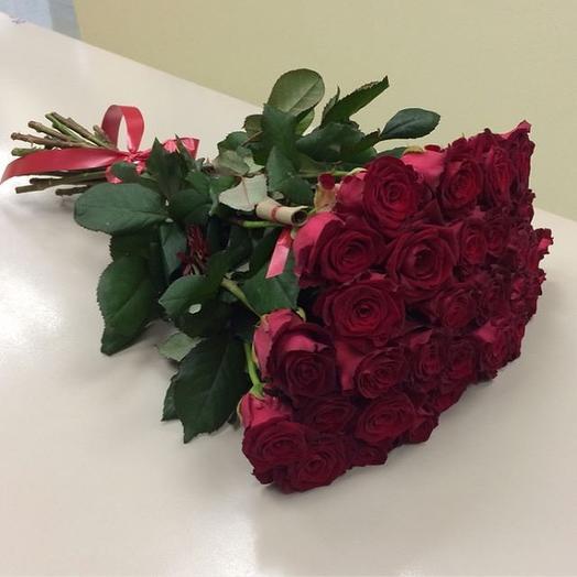 27 Алых роз
