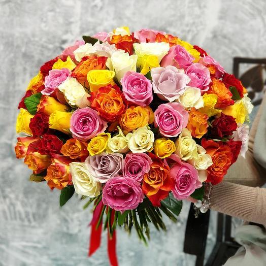 """Букет из разноцветных роз """"Яркие чувства"""""""