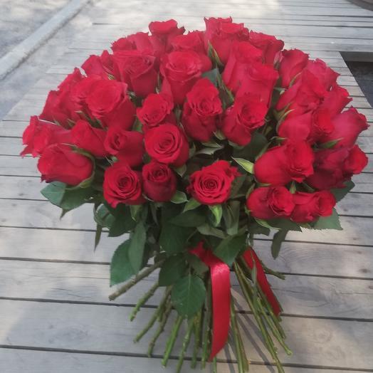 Букет из 55 красных роз: букеты цветов на заказ Flowwow