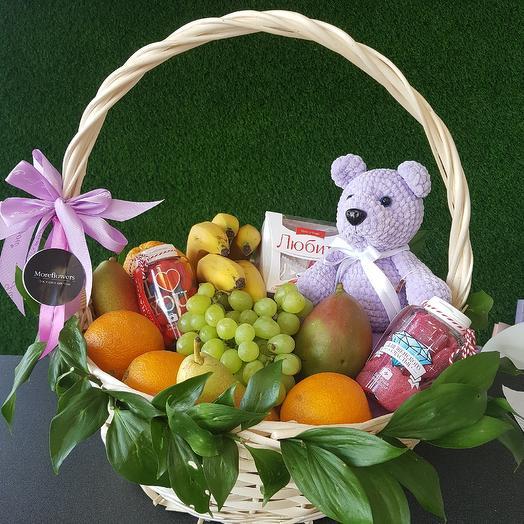 Корзина с витаминами: букеты цветов на заказ Flowwow
