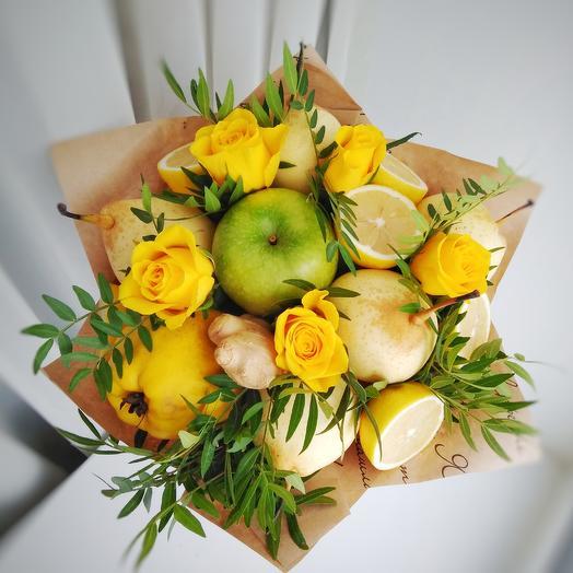 """Букет из фруктов """"Весенний"""": букеты цветов на заказ Flowwow"""