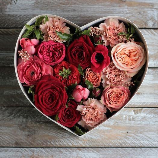 """""""Рубиновое сердце""""Цветы в коробке"""