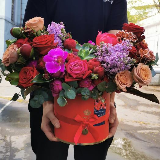 Пионы, сирень и капучино: букеты цветов на заказ Flowwow