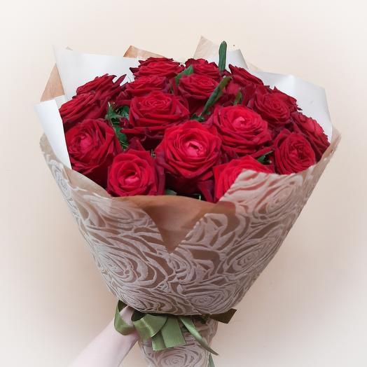 Роза Гран-При: букеты цветов на заказ Flowwow