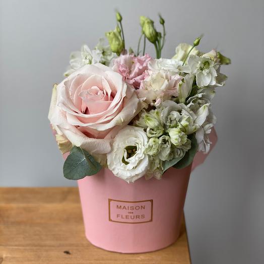 Зефирка розовая с розой Эквадора